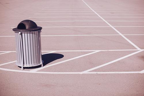 trashcan-570113_1920