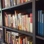 Wie Sie 50 Bücher in einem Jahr lesen